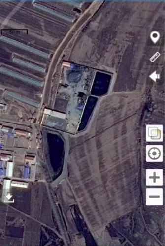 高力房镇太平村2个油泥油渣坑塘紧邻农田和居民区