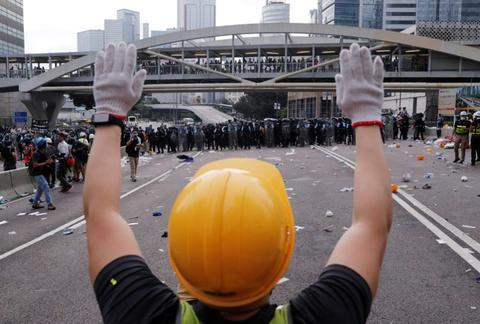 一些西方媒体照片中的示威者。(图源:外媒)