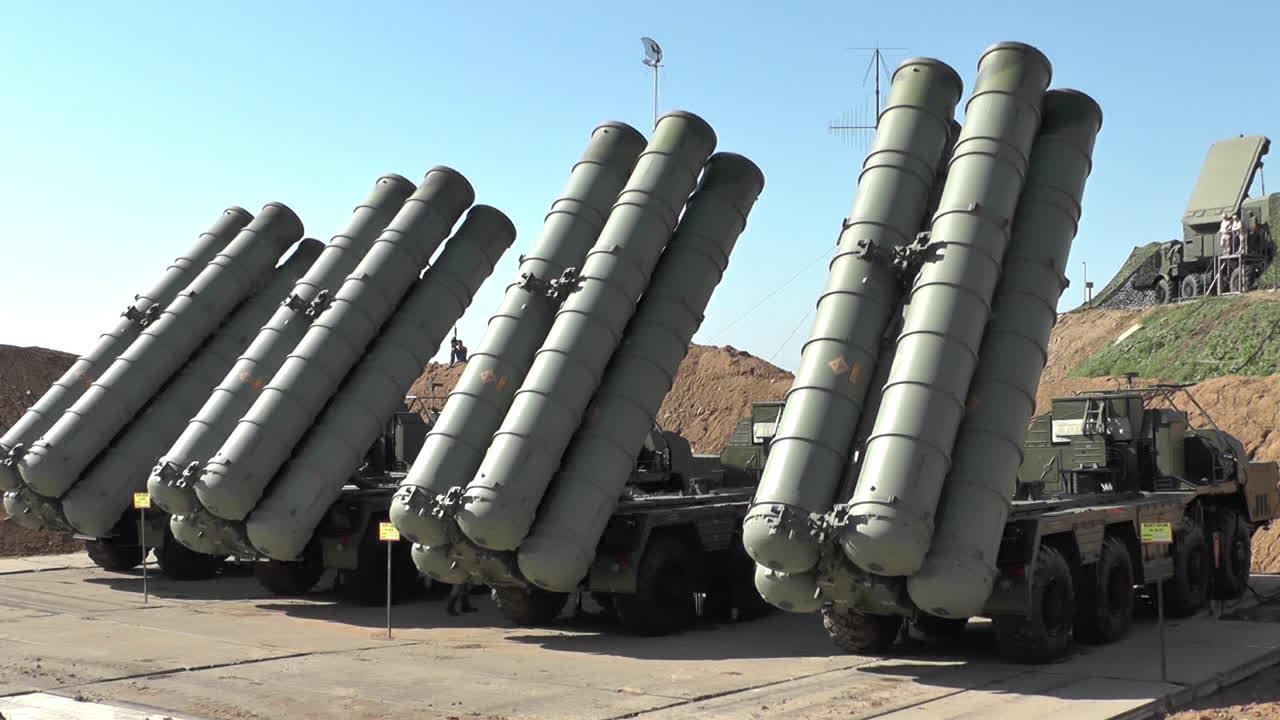△俄制S-400防空导弹系统