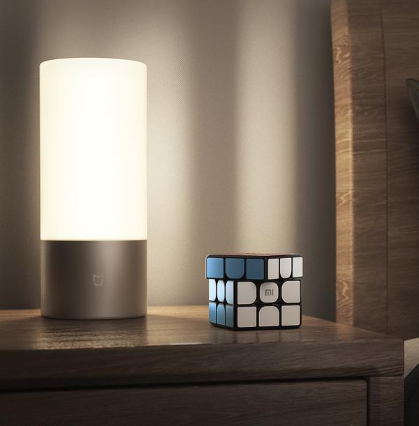 小米发布智能魔方新款米家吸顶灯系列产品,可联动支持蓝牙
