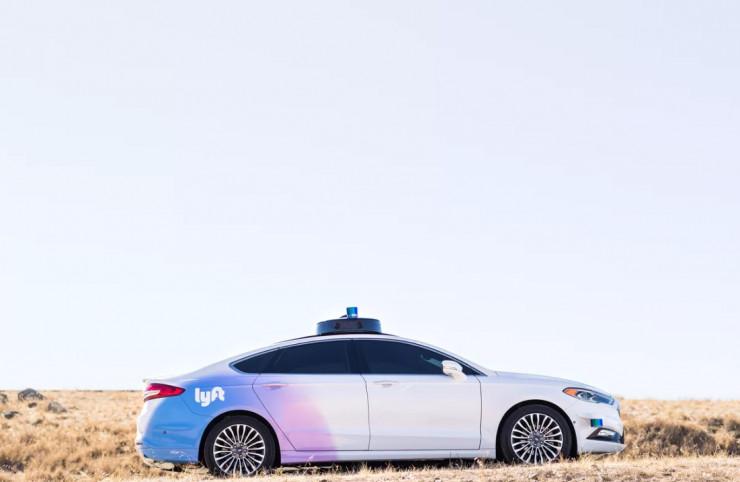 Lyft 与福特合作的自动驾驶汽车亮相 自动驾驶脚步加快