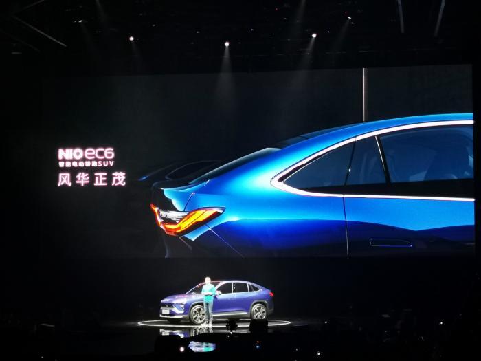 B2C网约车模式受追捧曹操用户增量居行业第一