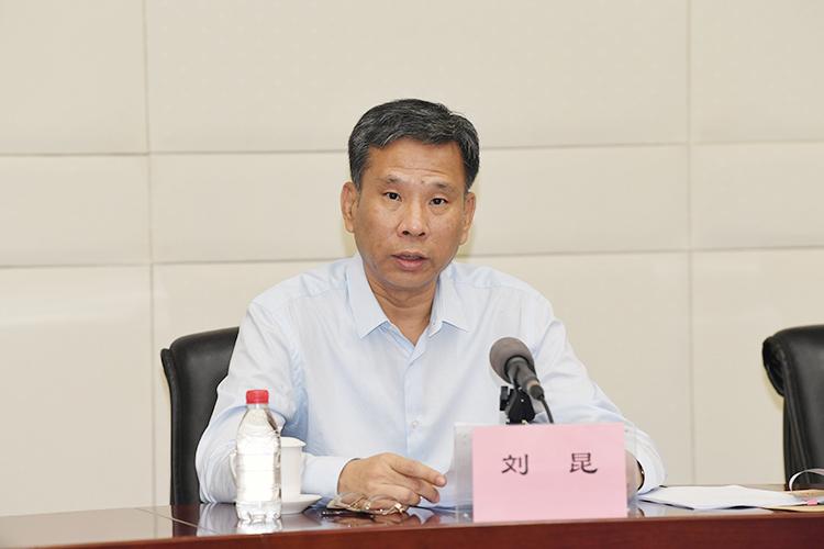 """""""禁止蒙面规例""""生效77人被捕 香港各界:必须必要"""