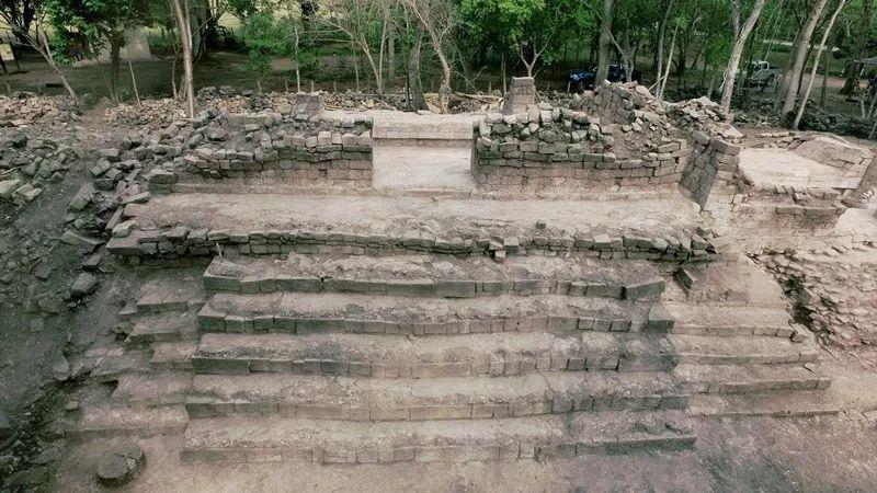 中洪说相符考古团队做事的科潘遗址挖掘出土的修建。社科院考古所供图