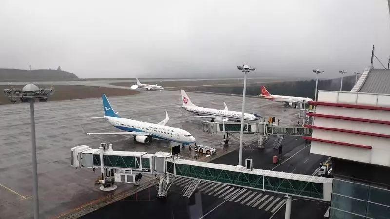 深圳晚报:春运第一周茅台机场安全运送旅客23806人次