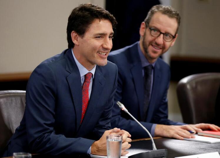 加拿大总理特鲁多与其首席秘书杰拉尔德·巴茨(图片:路透社)