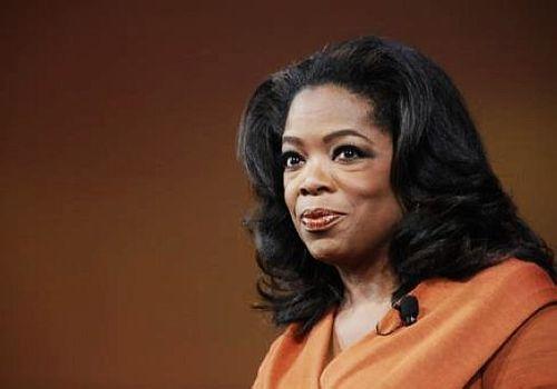 Image result for 5. 美国著名电视脱口秀主持人Oprah Winfrey(奥普拉·温弗里)