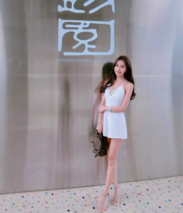 台湾美女空姐瑞塔儿福利美照 美腿修长,女神范十足