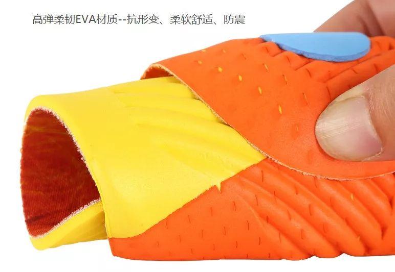 前李寧設計師巨作,無需充電,自發熱30分鐘升溫3.9-9.3℃的鞋墊,持續恒溫一整天