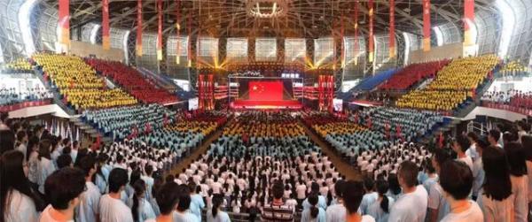 港股公告精选:绿地香港前八月合约销售增近四成