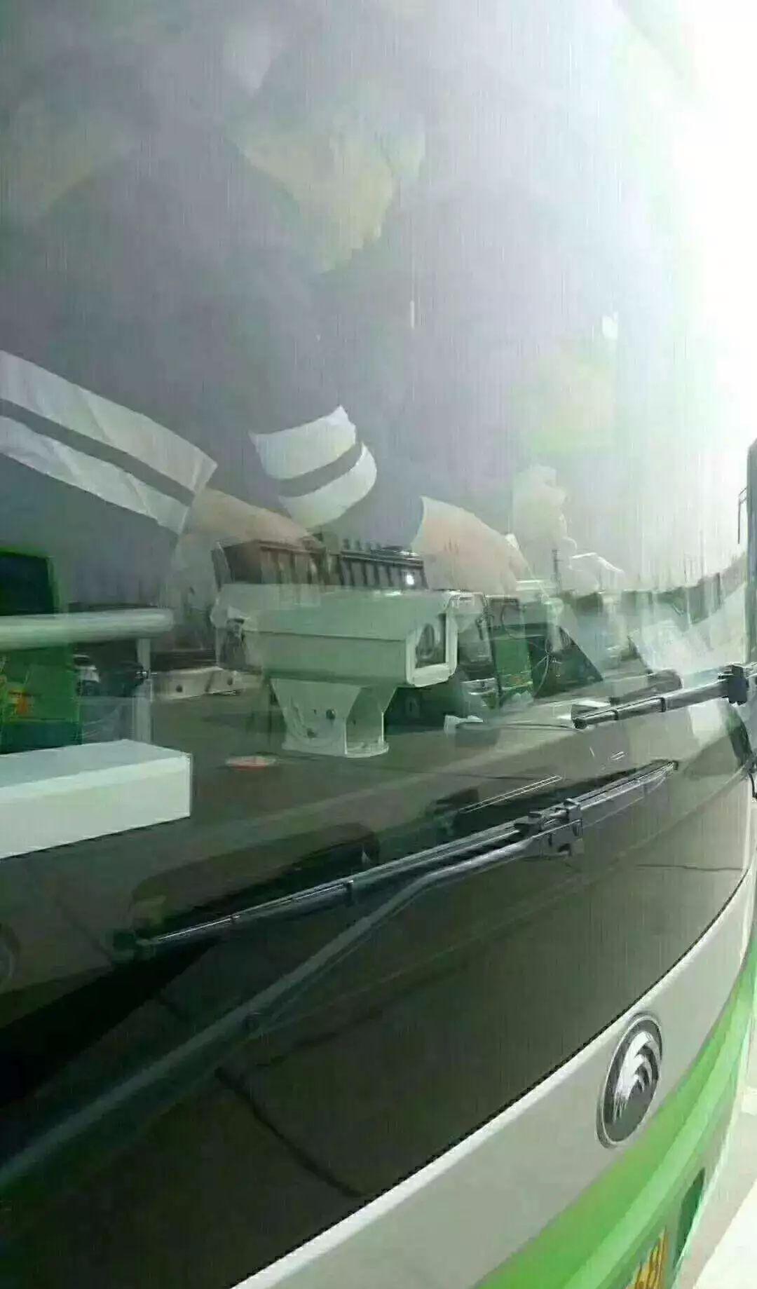邢台市电子眼_河北邢台交警在公交车上装电子警察抓拍设备,正在调试|调试 ...