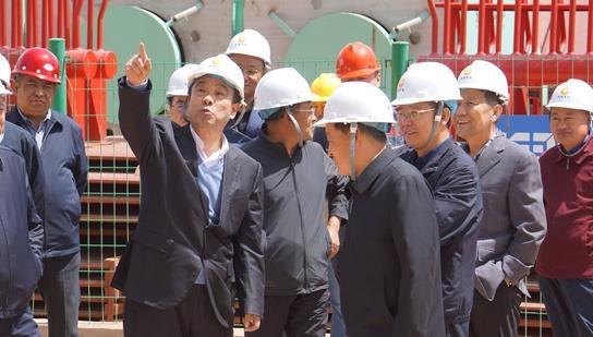 �让晒�R能煤�董事�L郭金�渖娓��〈蟀�  上月千�f��巨型煤�V���@批