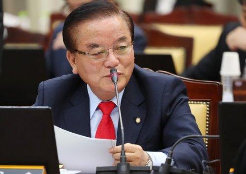 自由韩国党议员郑甲润(韩联社)