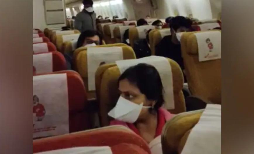 【蜗牛棋牌】印度外贸总局禁止在疫情期间出口口罩