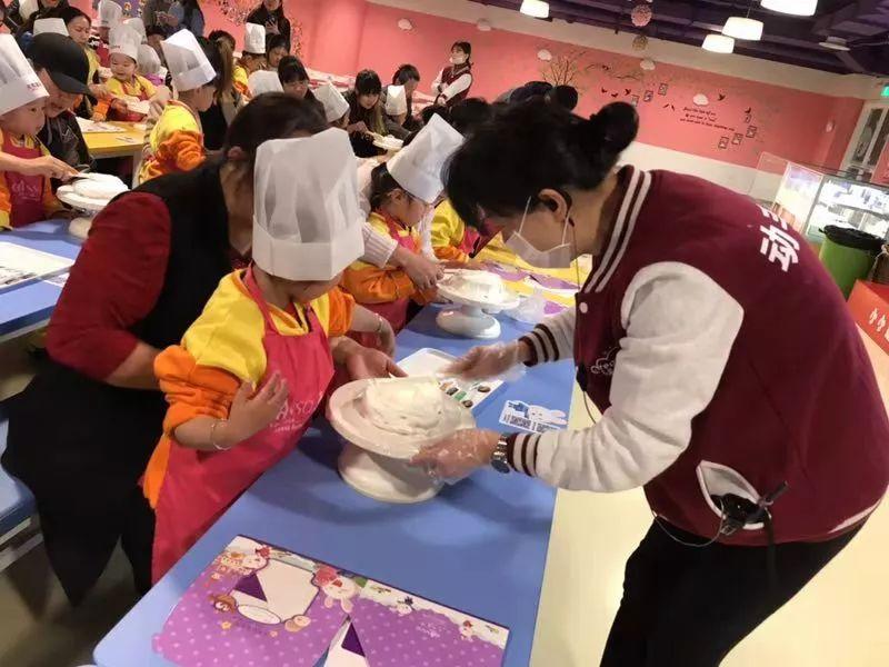 元祖股份旗下启蒙乐园向幼儿提供过期果酱 被