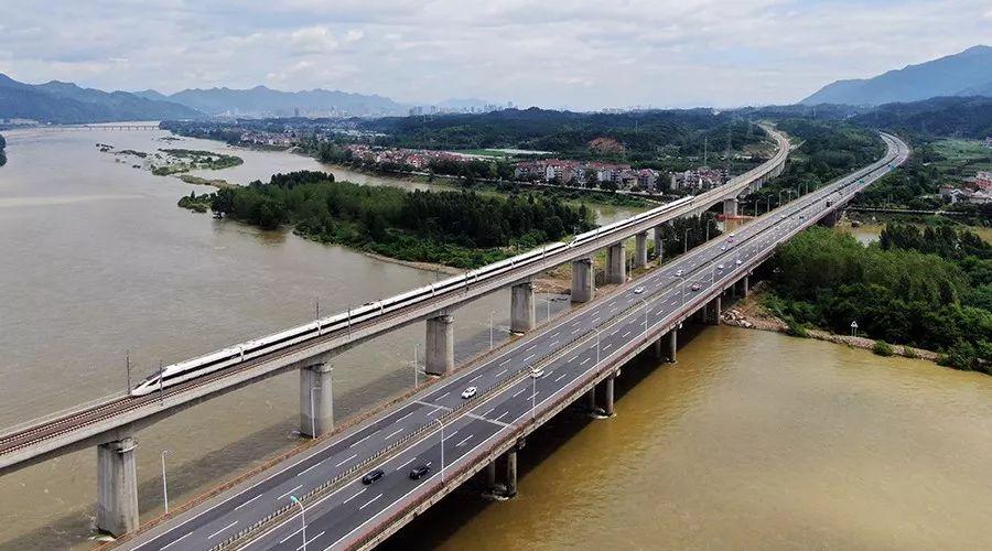 铁路中秋小长假运输启动 预计发送旅客4600万人次