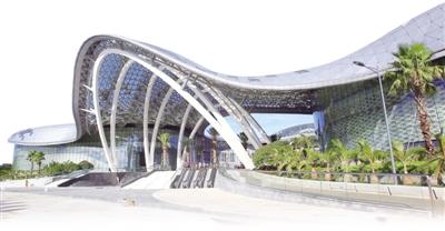 六亚海棠湾免税购物中心。   武 威摄