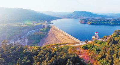 额勒赛水电站上大坝。额勒赛项目公司供图