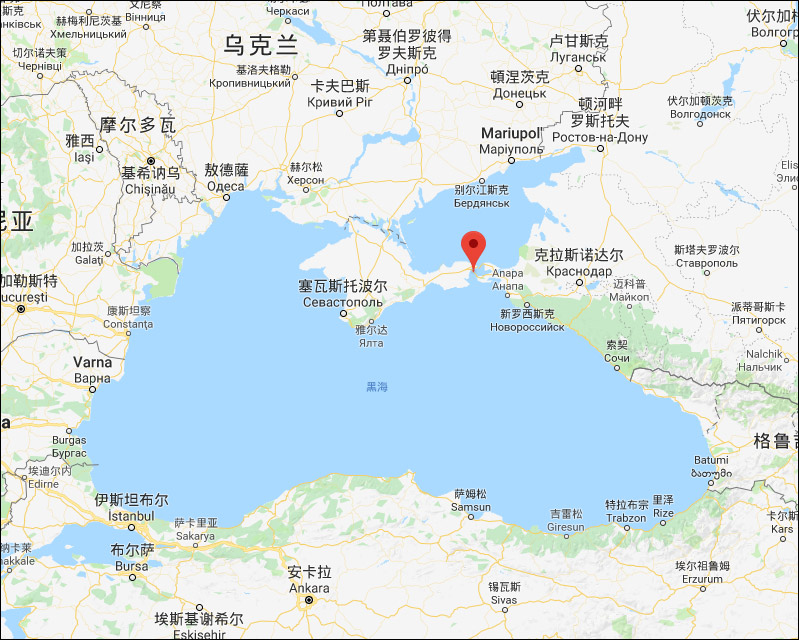 红色标记处为刻赤海峡位置