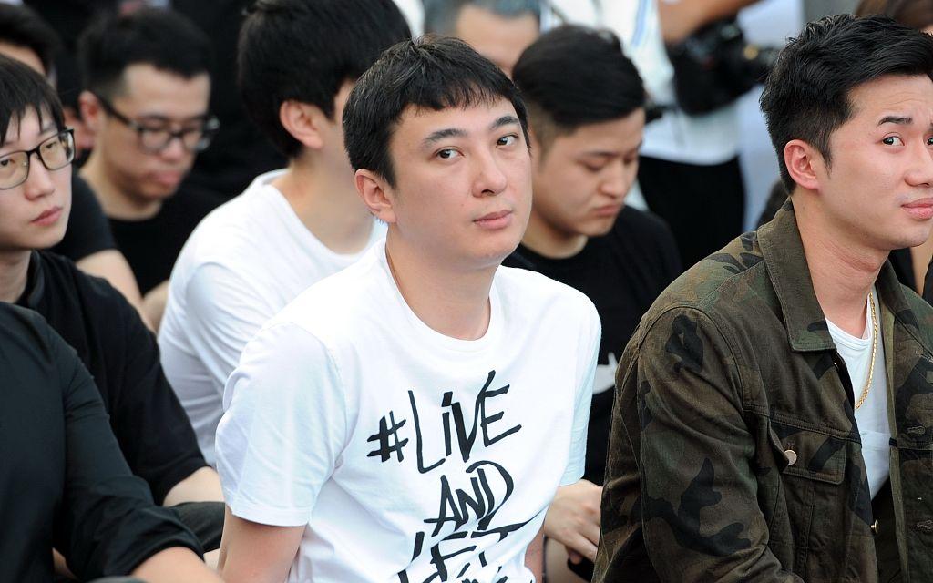 GIF-毕巴18岁小将中场超远世界波 1天后皇马复刻