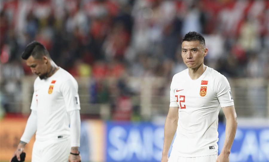 新华社点评中韩战:停球十米远,我们踢的足球太