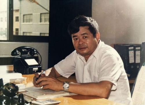 1988年桌上的电话是由福清县总机转1120接通的