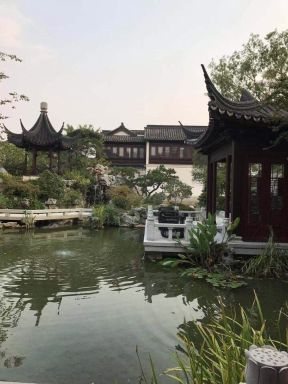 杭州女股神栽了 5600万卖豪宅5万人围观没人出手