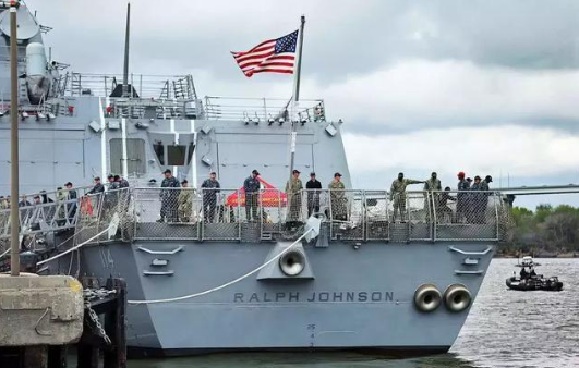 """3月份交付的DDG-114""""拉尔夫·约翰逊""""号导弹驱逐舰"""