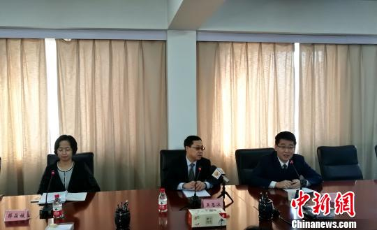 辽宁省商务厅发布会现场。 王景巍 摄