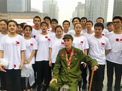 刘鹤:全世界期盼中美磋商取得进展 工作层将下周见面