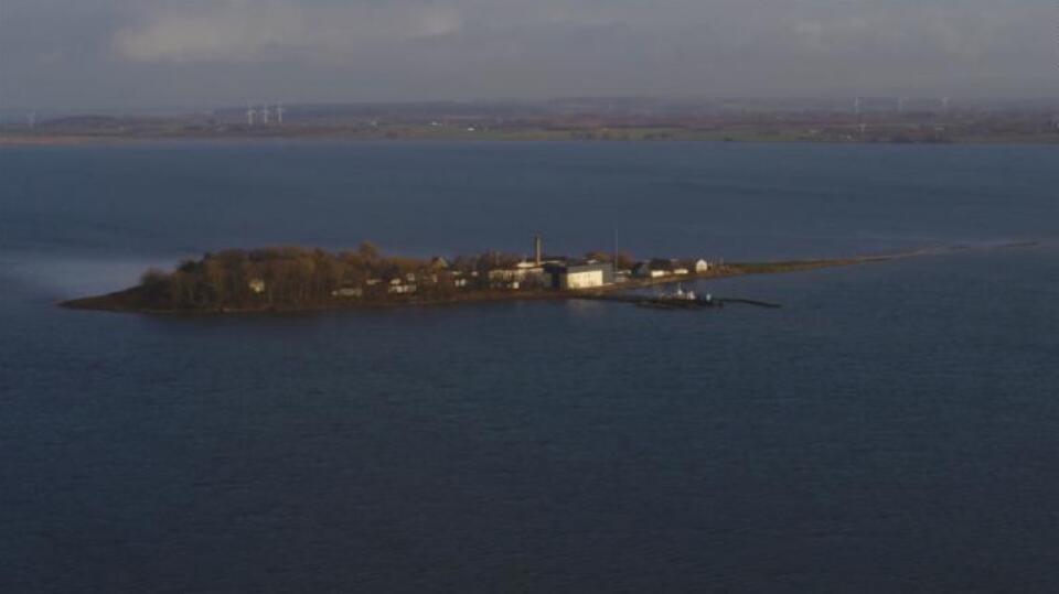(原料图 林德霍尔姆岛 图片来源:CNN)