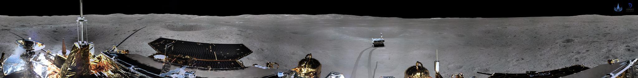 嫦娥四号着陆器地形地貌相机环拍全景图(圆柱投影)。国家航天局供图