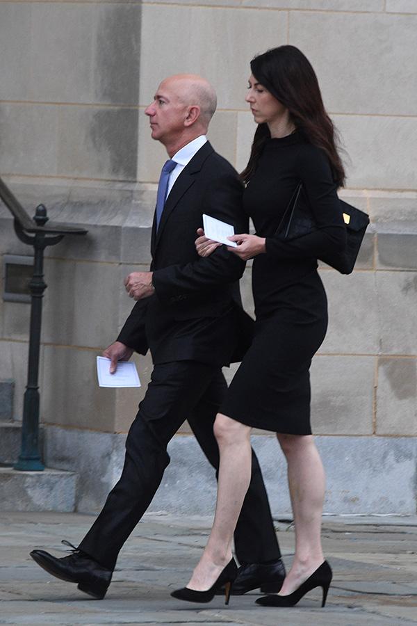 全球首富贝佐斯宣布离婚 如何与妻子分财产引