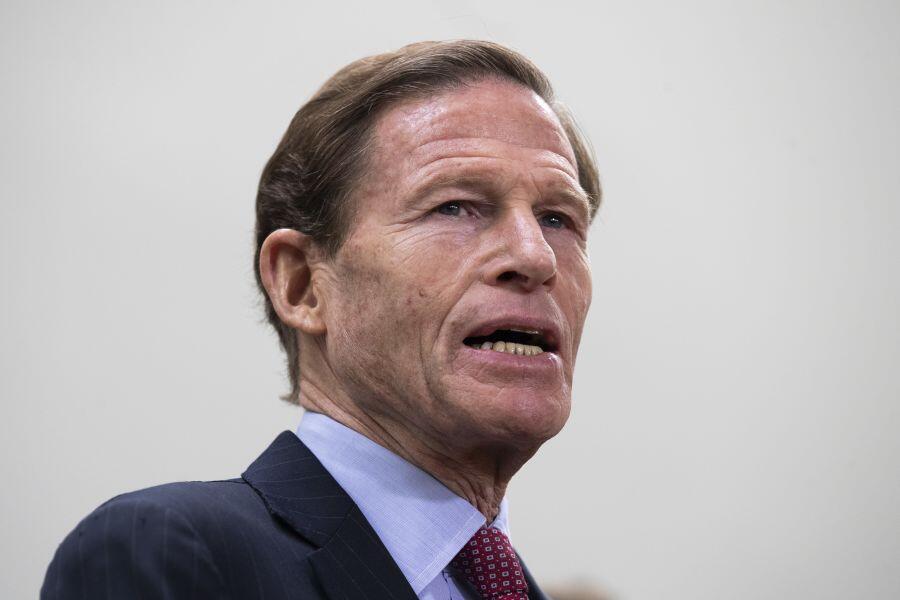 美国两党议员要求停飞波音737MAX8