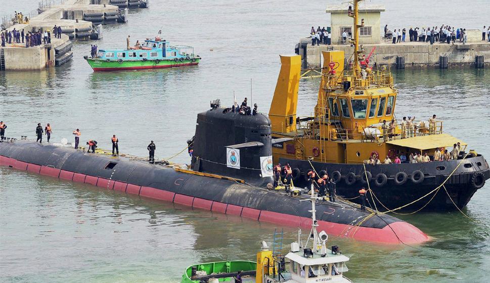 """印度海军此前从法国购买的鲉鱼级通例潜艇S50""""卡尔瓦里""""号 图源:印度时报"""