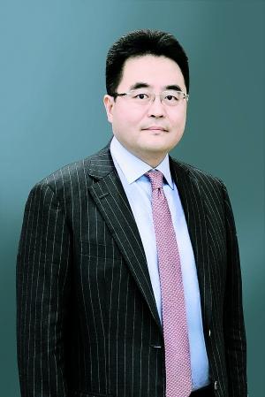 岑智勇:香港本地企业发盈警 恒指受制10天线