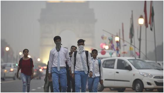 印度空气污染问题仍不见明显好转。图源:《印度斯坦时报》