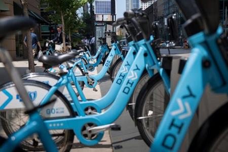 美国共享单车打响竞购战 Uber与Lyft纷纷入局