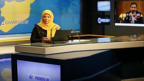 美国此前逮捕了一名在伊朗新闻电视台工作的女主播。(图源:Press TV)