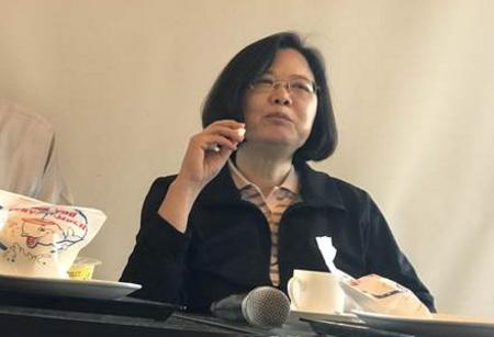 陈水扁爆料蔡英文已和柯文哲谈好合作,蔡回应。(图片来源:台湾《中时电子报》)