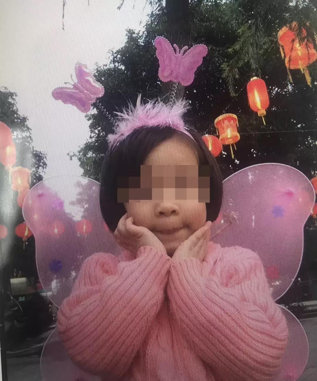 8岁女孩玩蹦床昏迷 医生:疑脊椎受损 瘫痪概率大