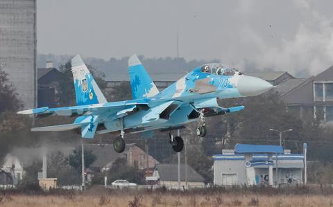 图为苏-27战机(路透社)