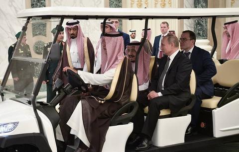 普京與沙特國王交談(塔斯社)