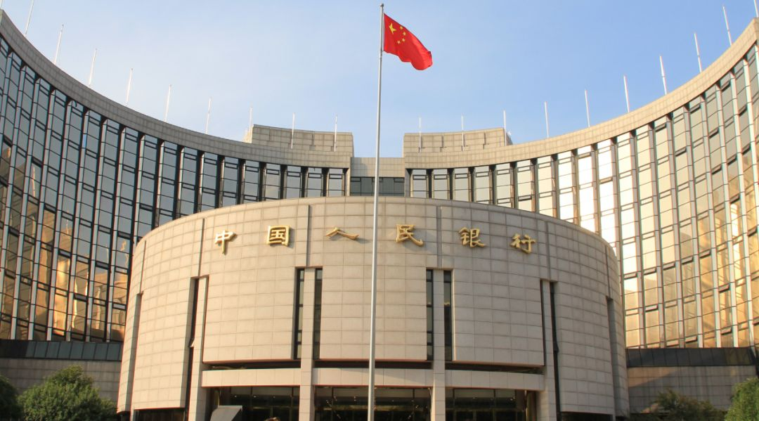 央行投放1.7万亿开启大红包模式 春节前资金缺口大