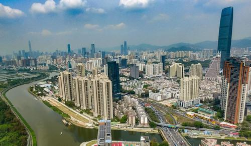 这是3月26日拍摄的广东省深圳市一景(无人机拍摄)。新华社记者 毛思倩 摄