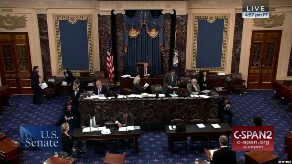 """12月11日,""""西藏旅走对等法""""在美国参议院获得经过 (图自美媒)"""