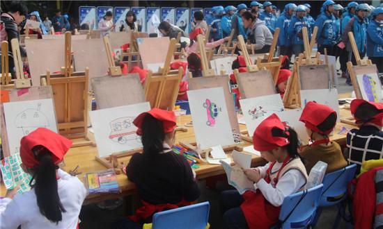 福建省寧德市舉行交通安全主題宣傳活動