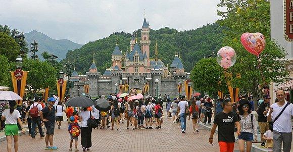 香港迪士尼乐园。