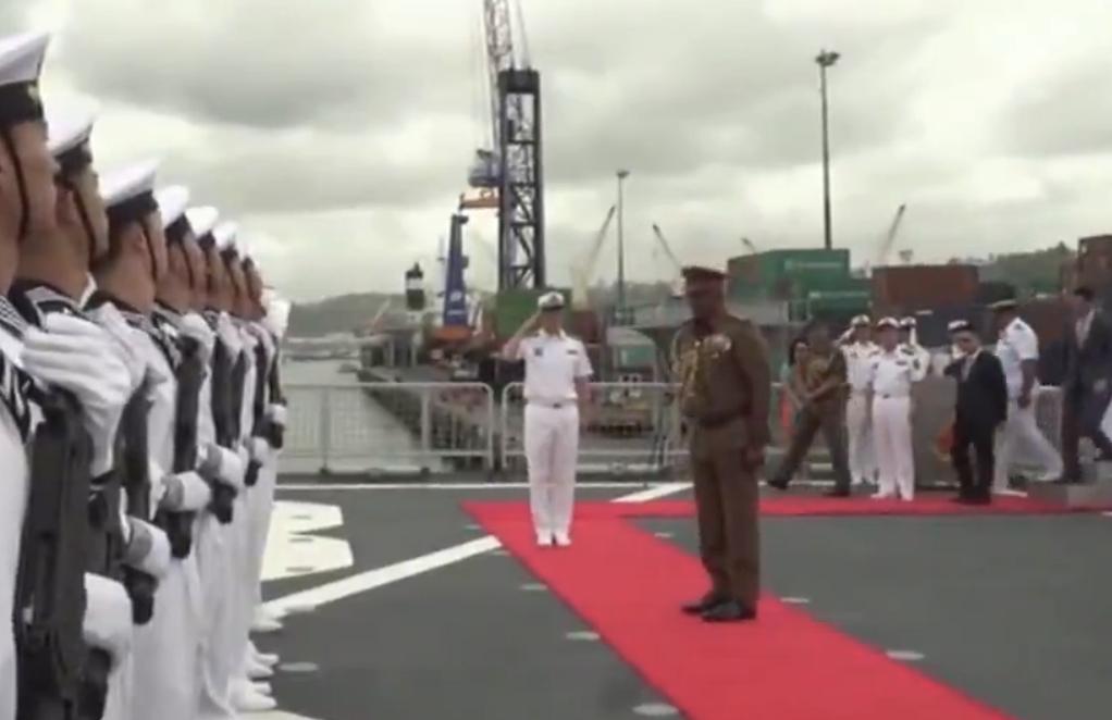 中国海军戚继光舰抵达斐济进行友好访问
