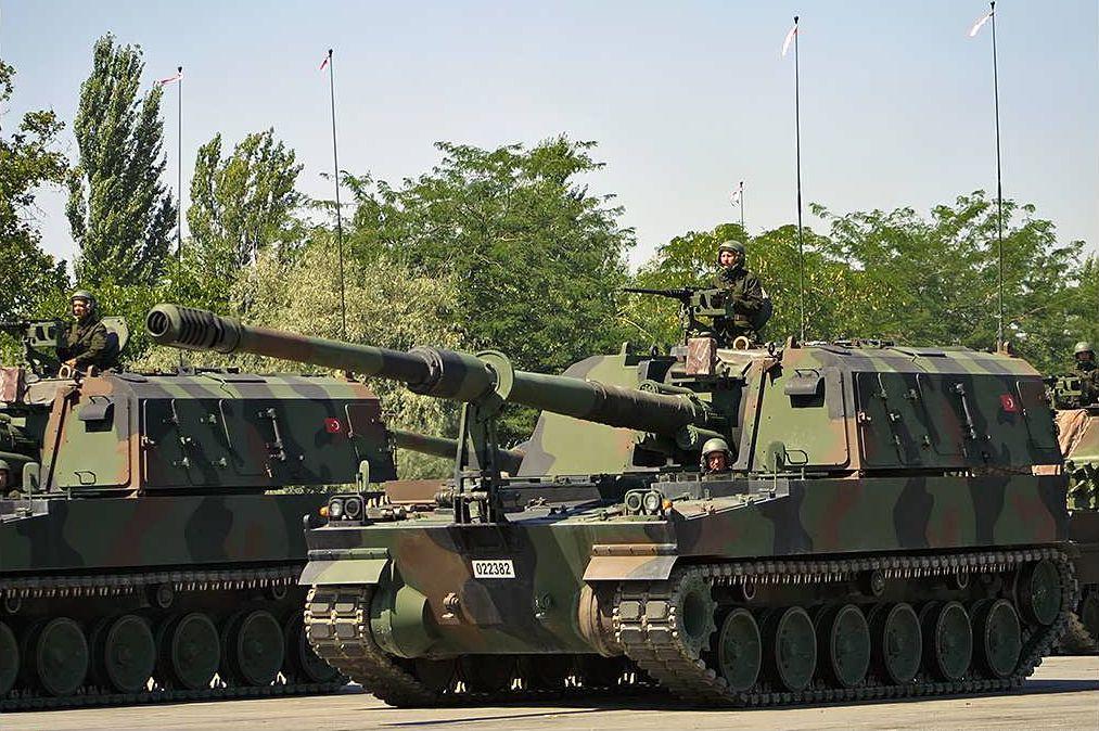 """土耳其""""佛提纳""""155毫米自行火炮 图源:社交媒体"""